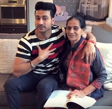 Guru Mann with his mother
