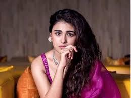 Shalini Pandey Wiki