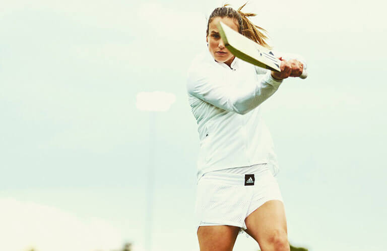 Ellyse Perry (Hot Cricketer) - Husband, Age, Height, Wiki, Biography and More
