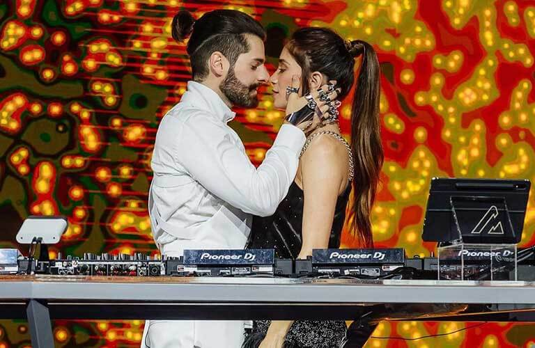 DJ Alok is blessed with a very good looking wife.